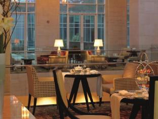 The Ritz Carlton Dubai International Financial Center Дубай - Паб/Коктейль-бар