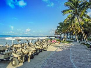 Mia Reef Isla Mujeres All Inclusive Cancun - Parking
