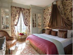 /villa-gallici-hotel-spa/hotel/aix-en-provence-fr.html?asq=5VS4rPxIcpCoBEKGzfKvtBRhyPmehrph%2bgkt1T159fjNrXDlbKdjXCz25qsfVmYT