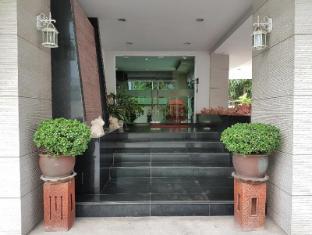 14Place Sukhumvit Villa @ Terminal 21