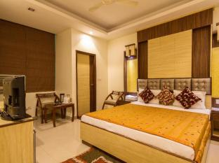 Aster Inn New Delhi and NCR - Deluxe Double
