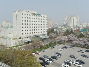 /onyang-grand-hotel/hotel/asan-si-kr.html?asq=jGXBHFvRg5Z51Emf%2fbXG4w%3d%3d