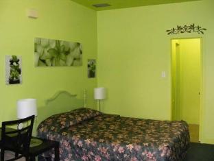 /hotel-casa-bella/hotel/montreal-qc-ca.html?asq=vrkGgIUsL%2bbahMd1T3QaFc8vtOD6pz9C2Mlrix6aGww%3d