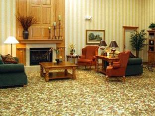 /country-inn-suites-clarksville/hotel/clarksville-tn-us.html?asq=jGXBHFvRg5Z51Emf%2fbXG4w%3d%3d
