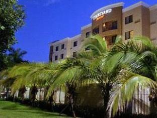 /id-id/courtyard-miami-at-dolphin-mall/hotel/miami-fl-us.html?asq=jGXBHFvRg5Z51Emf%2fbXG4w%3d%3d