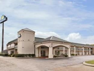 /days-inn-clarksville-north/hotel/clarksville-tn-us.html?asq=jGXBHFvRg5Z51Emf%2fbXG4w%3d%3d