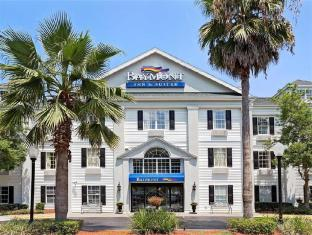 Baymont Inn & Suites - Jacksonville