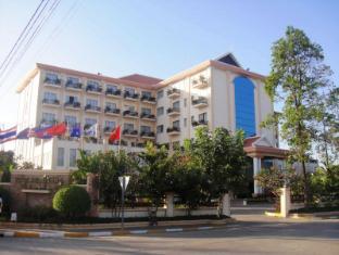 /fi-fi/the-stung-sangke-hotel/hotel/battambang-kh.html?asq=vrkGgIUsL%2bbahMd1T3QaFc8vtOD6pz9C2Mlrix6aGww%3d