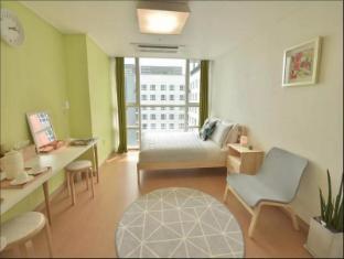 Cozy Apartment 2