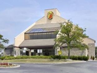 /super-8-fort-mitchell-cincinnati-ohio-downtown/hotel/fort-mitchell-ky-us.html?asq=jGXBHFvRg5Z51Emf%2fbXG4w%3d%3d