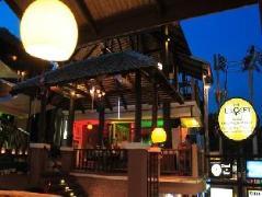 The Loft Samui Rowhouse Hostel Thailand