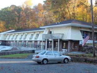 /passport-inn-and-suites/hotel/middletown-ct-us.html?asq=jGXBHFvRg5Z51Emf%2fbXG4w%3d%3d