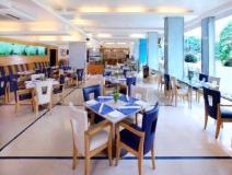 Hotel Yogi Metropolitan: restaurant