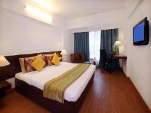 Hotel Yogi Metropolitan: guest room