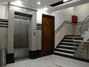 Vanson Villa New Delhi and NCR - Staircase - Lift