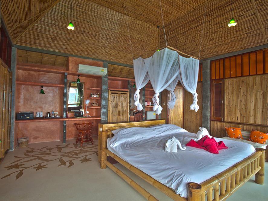 Koh Tao Bamboo Huts3