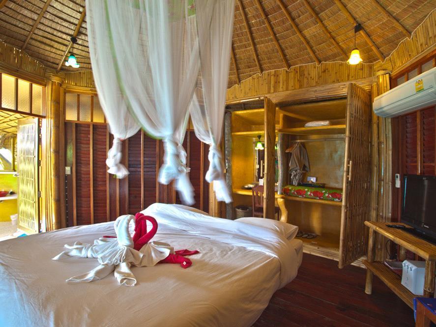 Koh Tao Bamboo Huts5