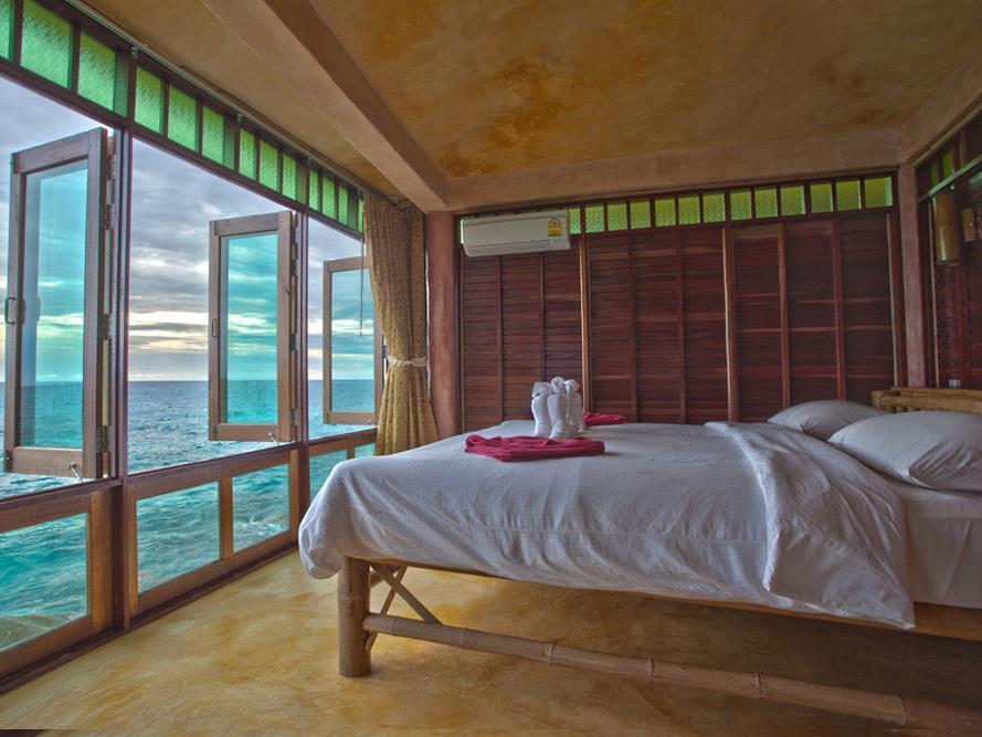 Koh Tao Bamboo Huts6
