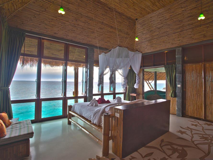 Koh Tao Bamboo Huts10