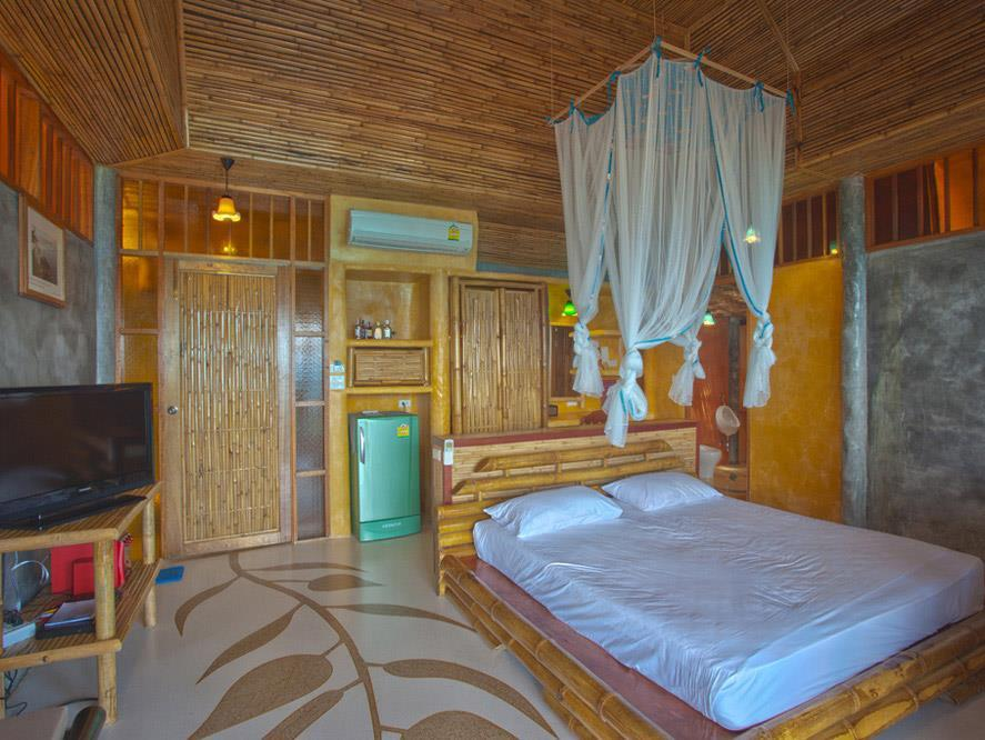 Koh Tao Bamboo Huts12