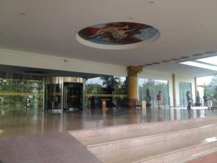 Pacific Palace Hotel Batam Island - Entrance