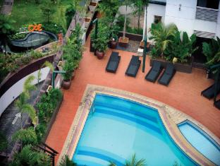 M Hotels - Tower B Kuching - Schwimmbad