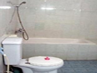 Hotel Hapel Negara Bali - Bathroom