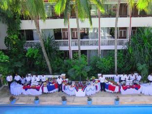 /le-plaza-hotel/hotel/port-au-prince-ht.html?asq=vrkGgIUsL%2bbahMd1T3QaFc8vtOD6pz9C2Mlrix6aGww%3d