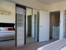 Quest Sanctuary Lakes Apartments: interior