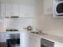 Quest Sanctuary Lakes Apartments: kitchen