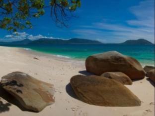 Fitzroy Island Resort Cairns - Nudey Beach