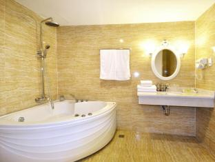 The White Hotel 1 Ho Chi Minh City - Bathroom