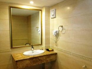 Hoang Hai Long 1 Hotel Ho Chi Minh City - Bathroom