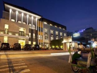 /ms-my/hotel-jentra-dagen-malioboro/hotel/yogyakarta-id.html?asq=jGXBHFvRg5Z51Emf%2fbXG4w%3d%3d