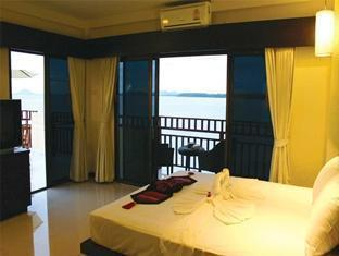 Lanta All Seasons Beach Resort Koh Lanta - Deluxe Beachfront