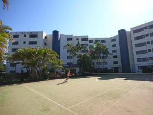 San Simeon Beachfront Apartments