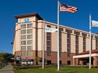 /wyndham-boston-chelsea/hotel/boston-ma-us.html?asq=jGXBHFvRg5Z51Emf%2fbXG4w%3d%3d