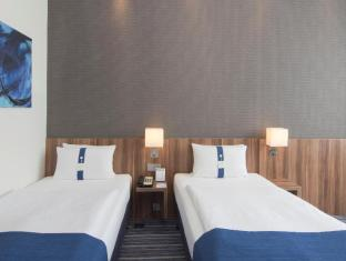 Holiday Inn Express Frankfurt City Hauptbahnhof Frankfurt am Main - Gastenkamer