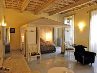 Residenza Al Corso Rome - Quadruple Room