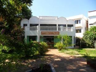 /iguassu-holiday-hotel/hotel/foz-do-iguacu-br.html?asq=5VS4rPxIcpCoBEKGzfKvtBRhyPmehrph%2bgkt1T159fjNrXDlbKdjXCz25qsfVmYT