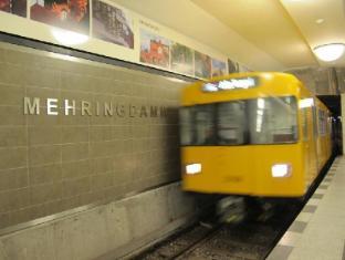 Metropol Hostel Berlin Berlin - Surroundings