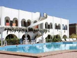 /yasmina-hotel/hotel/dahab-eg.html?asq=vrkGgIUsL%2bbahMd1T3QaFc8vtOD6pz9C2Mlrix6aGww%3d