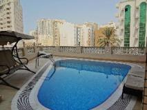 Baiti Hotel Apartments: swimming pool