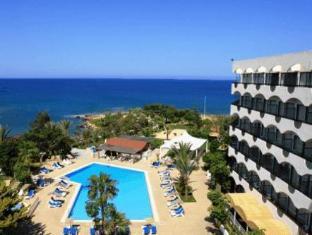 /crystal-springs-beach-hotel/hotel/protaras-cy.html?asq=vrkGgIUsL%2bbahMd1T3QaFc8vtOD6pz9C2Mlrix6aGww%3d