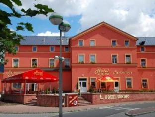 /el-gr/hotel-senimo/hotel/olomouc-cz.html?asq=5VS4rPxIcpCoBEKGzfKvtE3U12NCtIguGg1udxEzJ7nZRQd6T7MEDwie9Lhtnc0nKViw1AnMu1JpKM9vZxUvIJwRwxc6mmrXcYNM8lsQlbU%3d