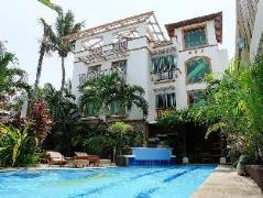 Boracay Beach Club | Philippines Budget Hotels
