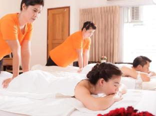 KC Place Hotel Bangkok - Enjoy in Room Massage