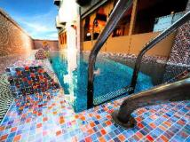 Hong Kong Hotels Booking Cheap | swimming pool