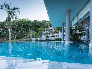 Chalong Chalet Resort Phuket - Swimming