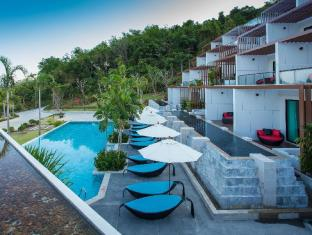 Chalong Chalet Resort Phuket - Pool